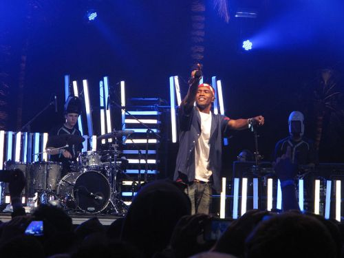 Music Musings: Live Your Life...  Frank Ocean