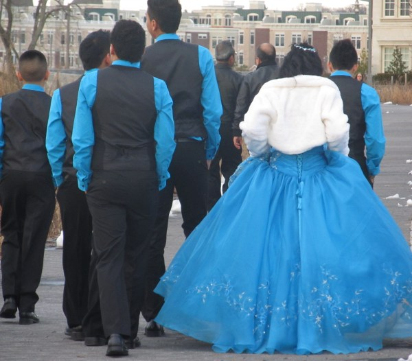 Writing Challenge: The Lady In Blue...