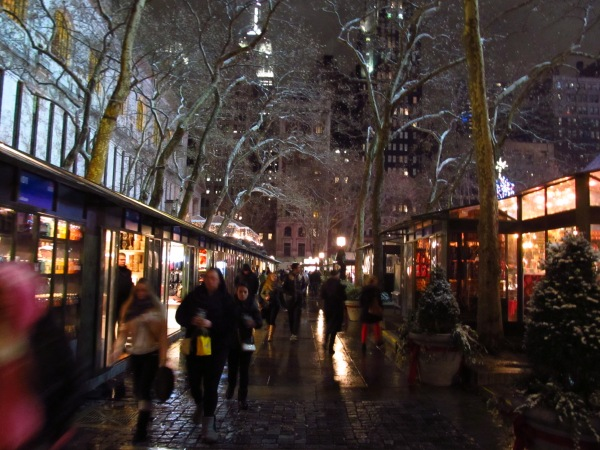 Weekly Photo Challenge: Nighttime - in NYC/Bryant Park