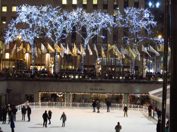 Weekly Photo Challenge: Nighttime - in NYC/Rockefeller Center