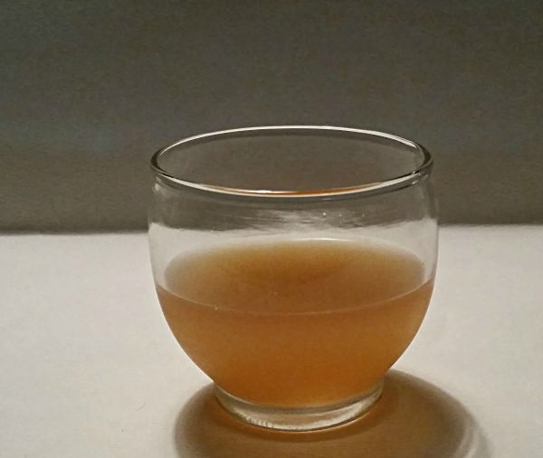Food Files: Best Apple Cider & Fruit Smoothie - Sample of unpasteurized, amber mother of Apple Cider  Vinegar