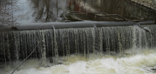 Weekly Photo Challenge: H2O - Waterfalls to cool our nerves