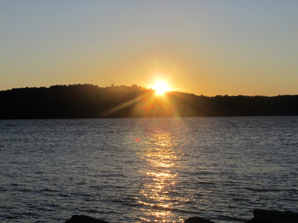 Weekly Photo Challenge: H2O - Setting sunlight over the Hudson